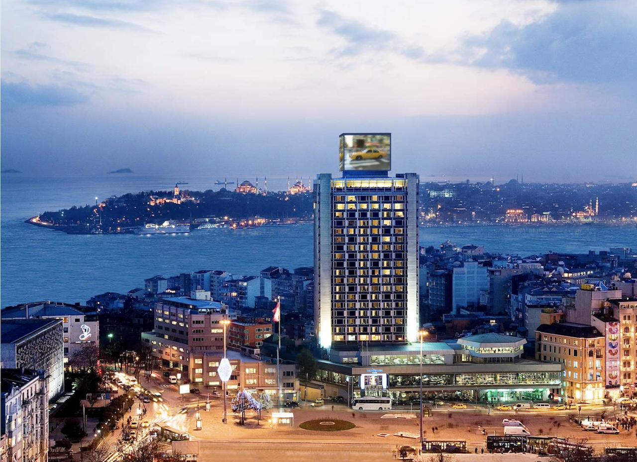 Das 5-Sterne Hotel mit herrlicher Aussicht auf den Bosporus.